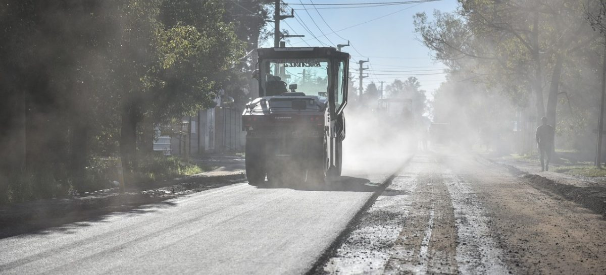 Obras estratégicas: avanza la pavimentación de las calles Libertad y La Pista