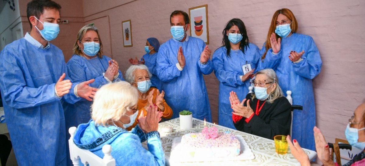 Sujarchuk supervisó las nuevas obras de refacción y celebró el 48º aniversario del Hogar de Ancianas Eva Perón
