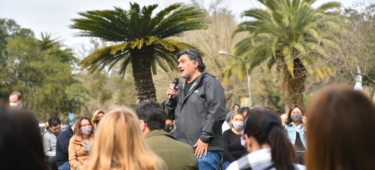"""Javier Rehl: """"Voy a llevar al Senado bonaerense el proyecto de inclusión y derechos con el que transformamos Escobar"""""""