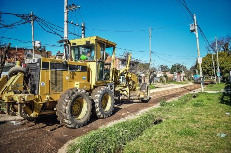 Continúan en ejecución importantes obras de salud y asfalto en Garín