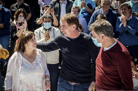 Juntos, con presencia de referentes de Escobar, relanzó su campaña en Tigre