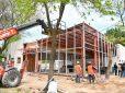 Continúa la obra del nuevo CAPS del barrio Lambertuchi y el proyecto para la construcción de 57 viviendas en el barrio Philips
