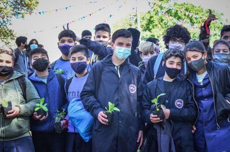 Más de 8 mil niños, niñas y adolescentes de escuelas públicas y privadas del distrito visitan la Fiesta Nacional de la Flor